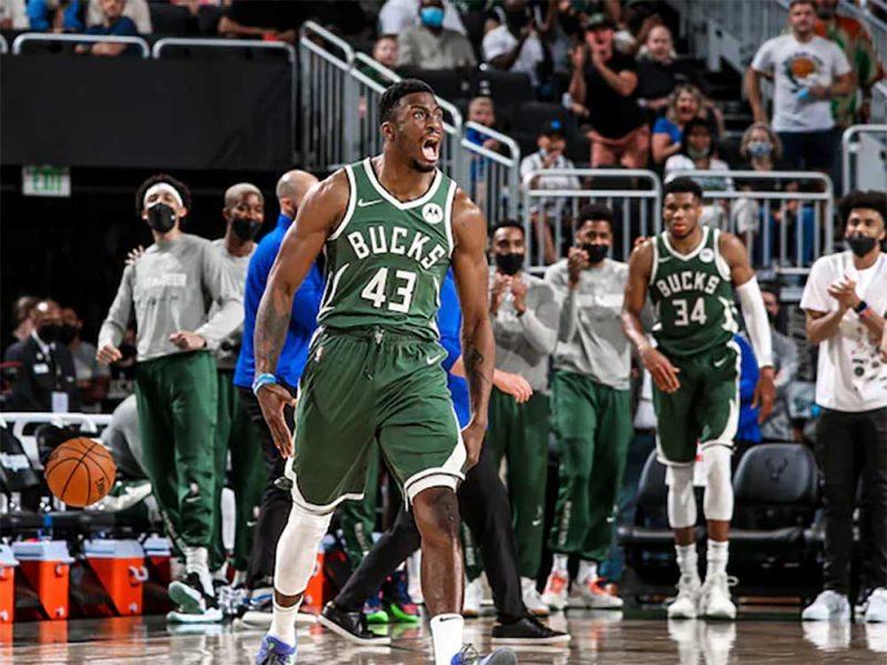 NBA_MilwaukeeBucks_1_1000_750